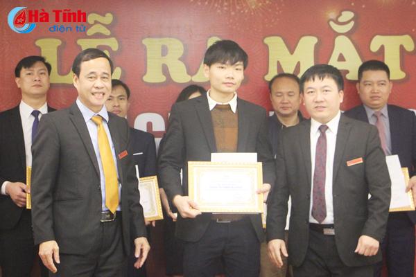 Trao quyết định công nhận tư cách thành viên VEC Victory Group