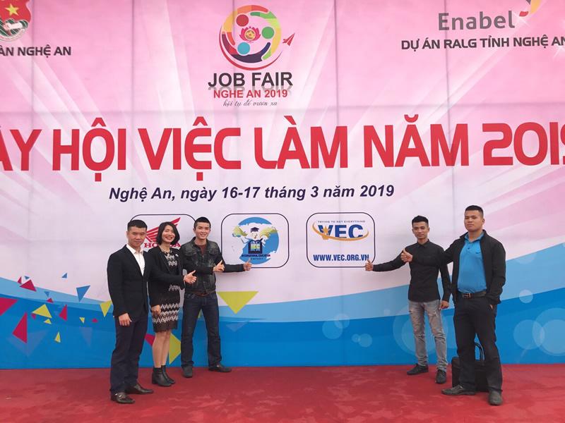 VEC đồng hành cùng Chương trình Ngày hội Việc làm Nghệ An 2019